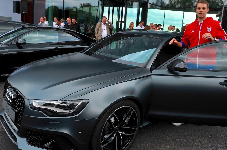 Manuel Neuer Audi RS6