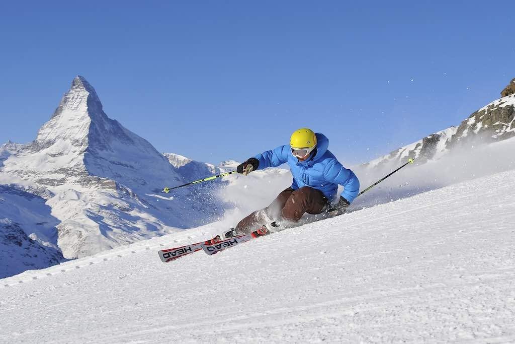 Zermatt Skifahrer und Matterhorn