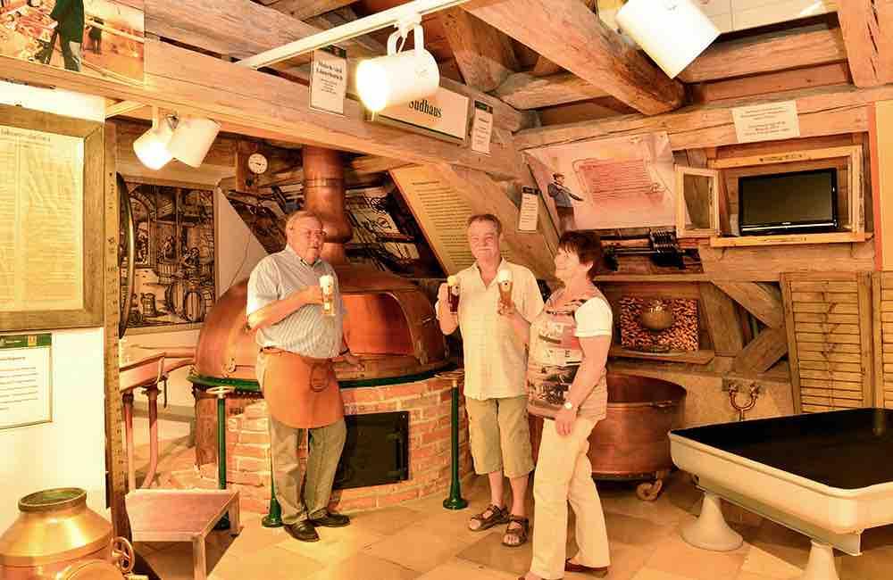 160226 Brauerei-Gasthoefe Braukessel small