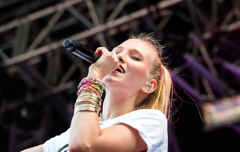 Carolin Niemczyk beim Hohentwielfestival in Singen (07-2013)