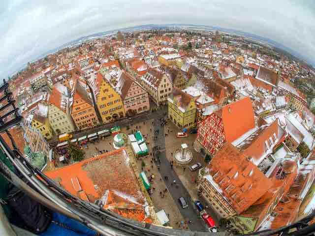 160415 Rothenburg Marktplatz von oben