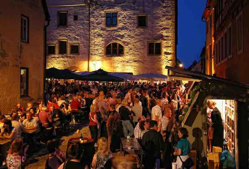 160415 Rothenburg Wein small