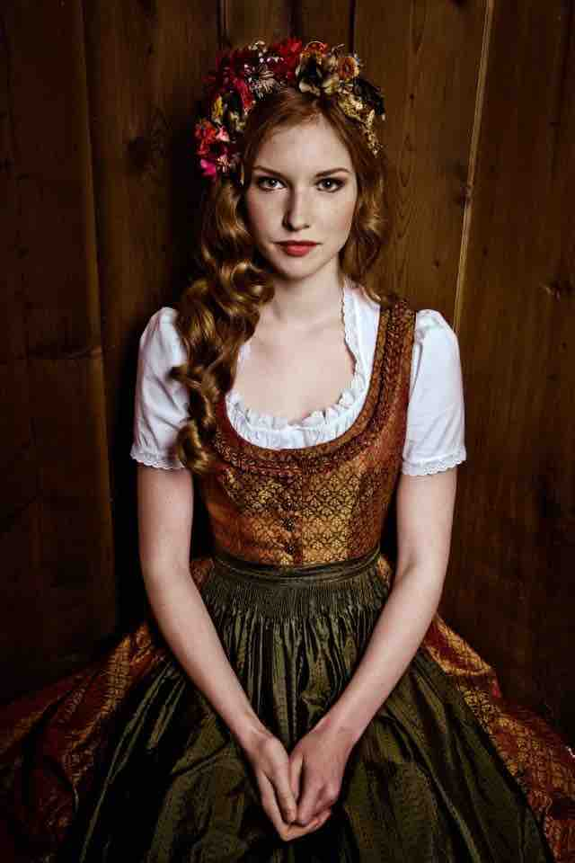 160420 Dirndl Tumblr small